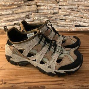 Cabela's Womens Leather Elastic Athletic Shoes